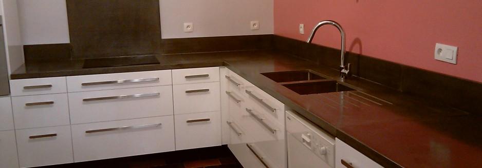 plan de travail cr dence en b ton. Black Bedroom Furniture Sets. Home Design Ideas