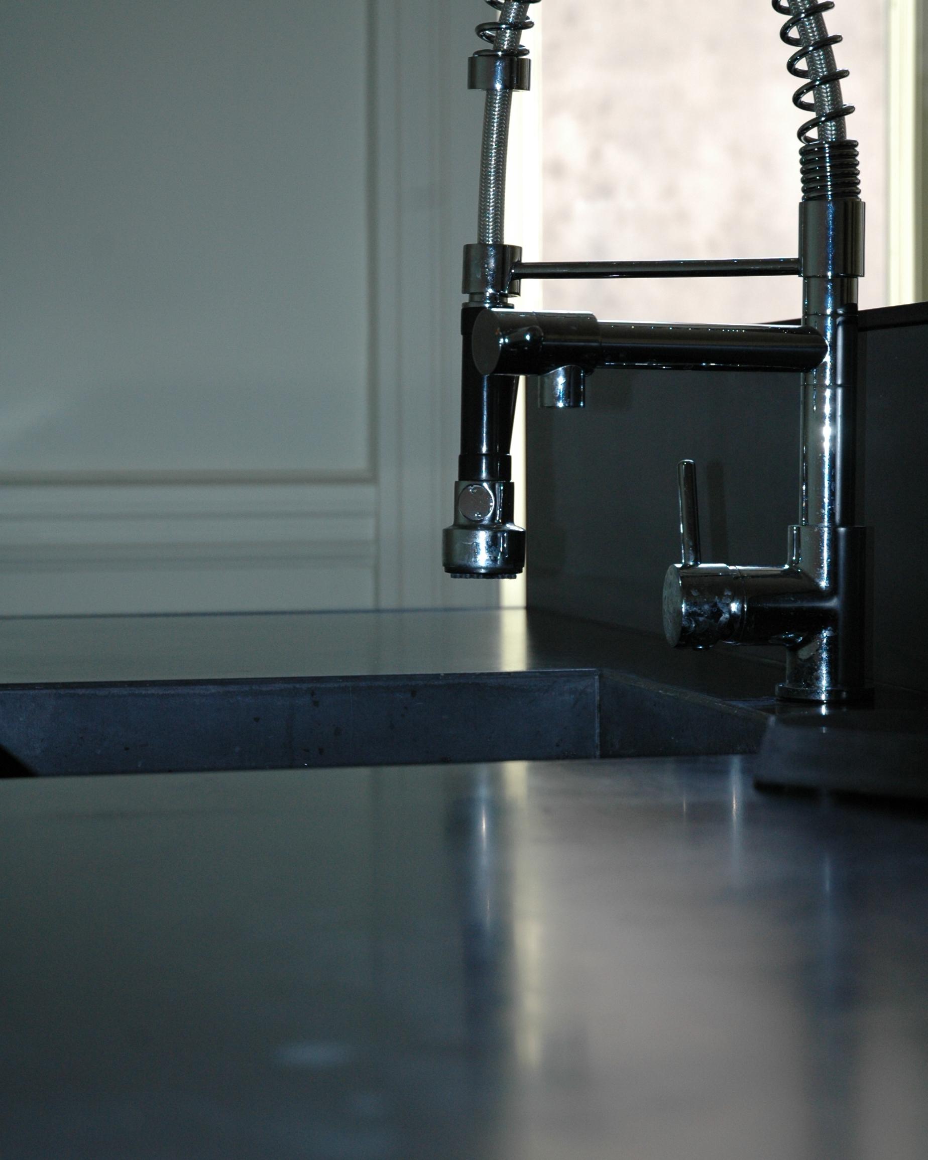 Plan de travail vasque cr dence en b ton - Plan de travail beton coule ...